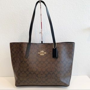 NWT, Coach Signature Avenue Tote in Brown/Black